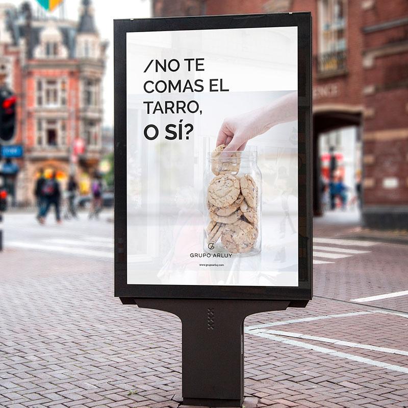 arluy-empresa-galletas-rebranding-marquesina-publicidad-branding